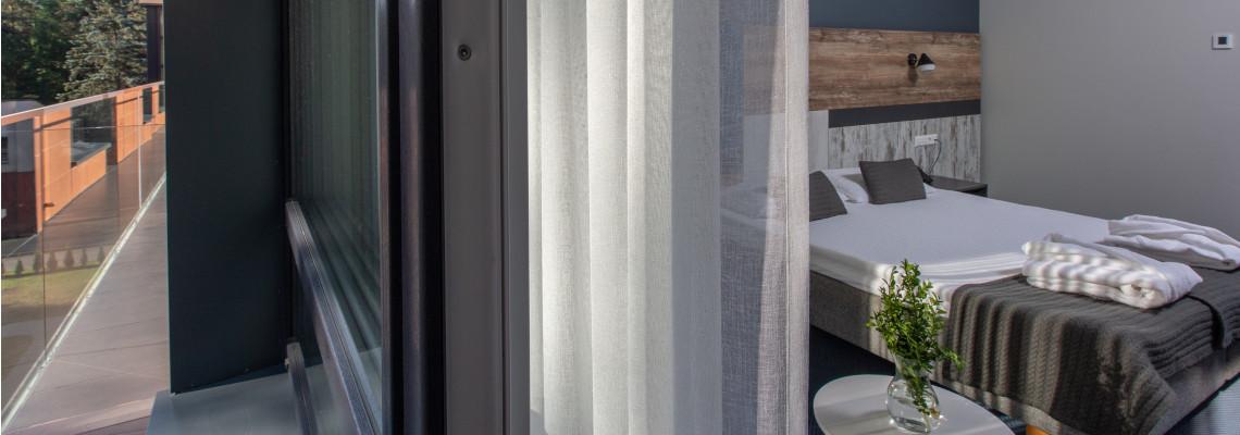 Dvivietis kambarys su balkonu