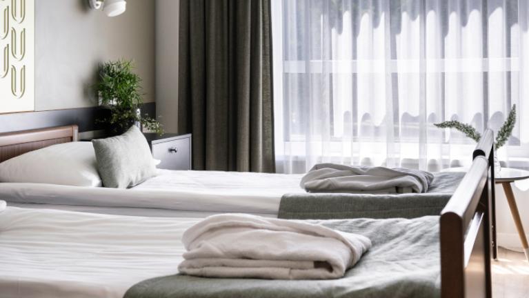 Двухместный с функциональной кровати
